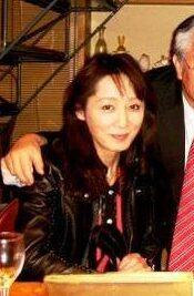 杏の母親の由美子さんの画像